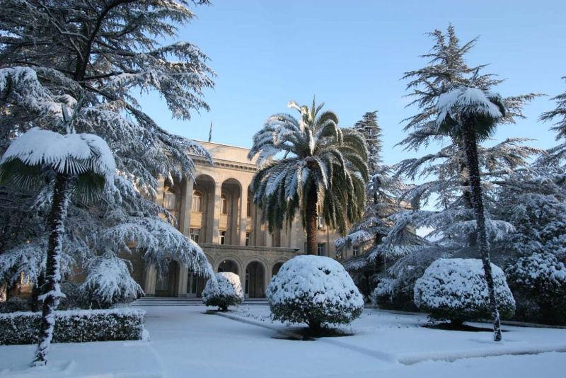 Когда лучше приехать в Абхазию